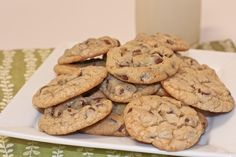 Old Fashioned Homemade Chocolate Chip Cookies Recipe (choclate chip cookie recipe) Homade Chocolate Chip Cookies, Old Fashioned Chocolate Chip Cookie Recipe, Soft Cookie Recipe, Chocolate Chip Recipes, Homemade Cookies, Homemade Butter, Chocolate Cake, Baking Recipes, Cookie Recipes