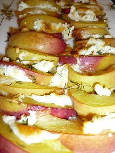 Bestes Rezept! Pfirsiche mit Ziegenfrischkäse und Honig überbacken <3 <3 <3