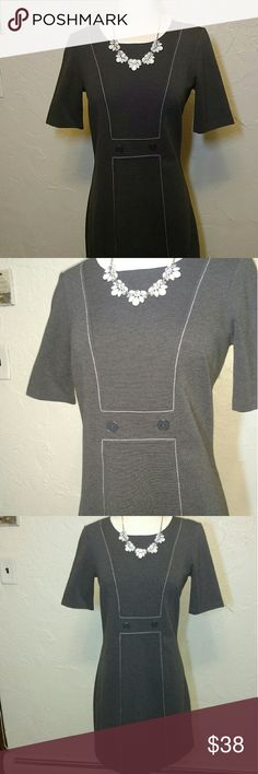 Tommy Hilfiger Dress Spandex/cotton blend. Thick fabric. Very forgiving. Wrinkle free. Very lightly worn. 27.5 inches from under arm to hem. Pair with heels in spring /fall or tights and boots in winter! Great looking and comfy! Tommy Hilfiger Dresses