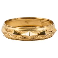 Victorian Gold Bangle Bracelet. 15ct Victorian Gold bangle in architectural style, c 1880