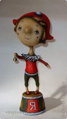 Очень подробный МК по созданию статуэтки из папье-маше: gfynb — ЖЖ Art Dolls, Clay, Christmas Ornaments, Disney Princess, Holiday Decor, Disney Characters, Paper, Handmade, Crafts