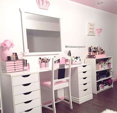 #vanity #makeup #table www.sameejo.tumblr.com