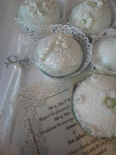 Cupcakes with Sugarveil