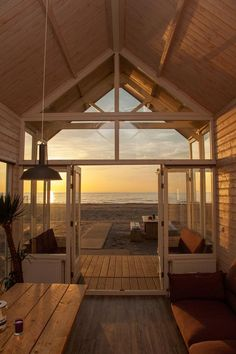 Small Beach Houses, Dream Beach Houses, Surf Shack, Beach Shack, The Woodhouse, Plans Architecture, Home By, Casamance, Holiday Places