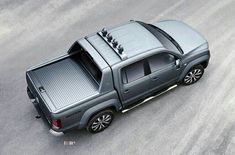 Foto's: Volkswagen Amarok nu als Aventura Vw Amarok, Jeep Truck, Pickup Trucks, Mobiles, Camper, Volkswagen Models, Mode Of Transport, Commercial Vehicle, Custom Trucks