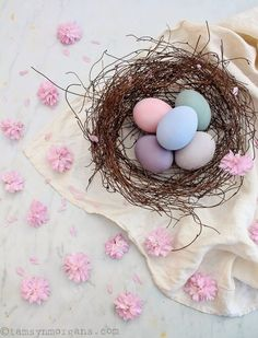 Happy Easter! Pretty pastel eggs painted with Chalk Paints by Annie Sloan. Easter decor and craft ideas.