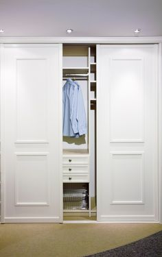 Sliding Closet Doors: Design Ideas and Options HGTV: Expert tips on sliding closet door designs plus inspiring pictures, ideas and options for sliding closet doors. Bedroom Closet Doors Sliding, Closet Curtains, Master Bedroom Closet, Bedroom Wardrobe, Wardrobe Closet, Built In Wardrobe Ideas Sliding Doors, Modern Closet Doors, Bedroom Closets, White Wardrobe