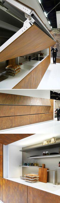 """Une cuisine qui passe inaperçue derrière des panneaux pliables... """"Hidden Kitchen"""" by Warendorf"""