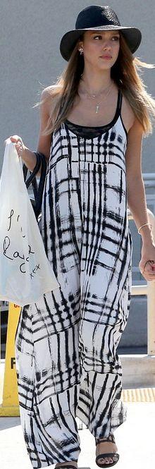 Who made Jessica Alba's jewelry, black and white plaid maxi dress and handbag? Purse – Simone Camille  Dress – Sam & Lavi  Necklace – Jennifer Meyer