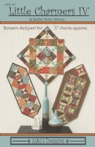 Quilted Table Toppers, Quilted Table Runners, Cool Patterns, Quilt Patterns, Pattern Ideas, Teapot Crafts, Little Charmers, Table Runner Pattern, Tablerunners