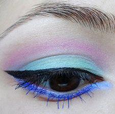 #eyes #eyemakeup #howto #tutorials and more at bellashoot.com!