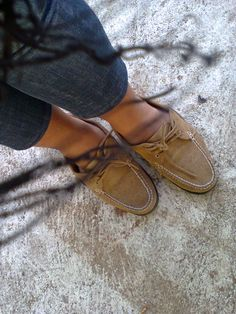 got my shoes for php2400 :) sperry
