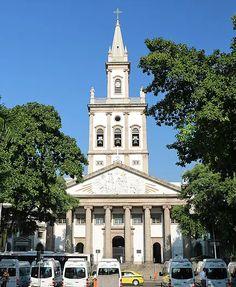 Igreja Matriz de Nossa Senhora da Glória. História, religião, arte e arquitetura.