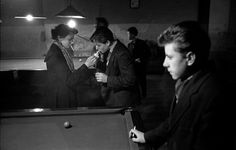 1954, London, teenagers Frank Horvat