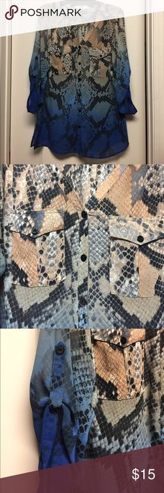 Snakeskin design blouse Lightweight semi sheer blouse in excellent condition. Tops Blouses