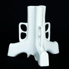 Gun vase