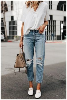 50+ Summer Fashion Outfits White T-shirt with denim leggings » Coupon Valid