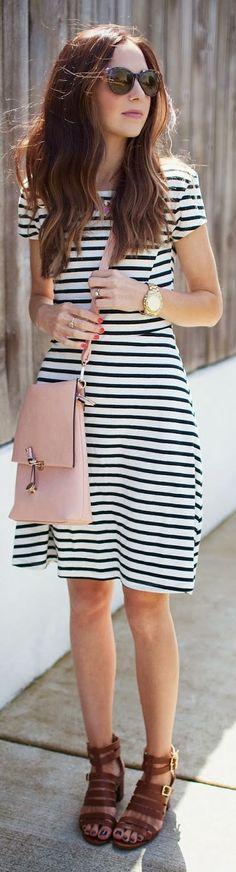 Macy's Light Pink Tall And Flat Zipper Fashion Crossbody Bag
