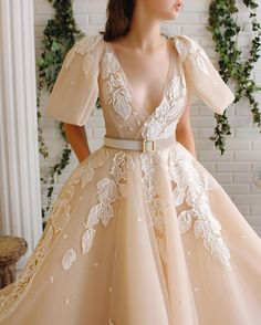 Sumnus Women's Organza Long Prom Dresses Lace Appliques Ball Gown Quinceanera Formal Party Dresses for Women Girls Beige Dresses, Elegant Dresses, Pretty Dresses, Beautiful Dresses, Party Dresses For Women, Girls Dresses, Prom Dresses, Wedding Dresses, Wedding Entourage Gowns