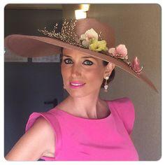 Pamela de flores by @martabonaque