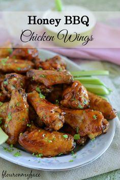 Honey BBQ Chicken Wings #hometailgating #ad #football #tailgatingrecipe