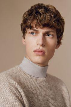 #Farbbberatung #Stilberatung #Farbenreich mit www.farben-reich.com COS   New winter knitwear