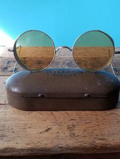 34794fbb33e 1930 s Willson Amber Folding Side Shield Goggle Sunglasses