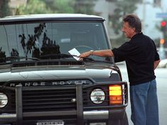 Dustin Hoffman and his Range Rover