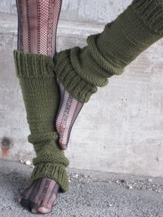Items similar to Leg Warmers Knit Leg Warmers Green Leg Warmers Teen Leg Warmers Womens Leg Warmers - Made to Order on Etsy Knit Leg warmers! I would love a few pair of these to go with my boots! Basic Leggings, Knit Leg Warmers, Namaste, Crochet Buttons, Boot Cuffs, Boot Socks, Foot Pictures, Easy Knitting, Clogs