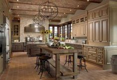 Rustic french country kitchen country home decoration ideas rustic Kitchen Island Lighting Modern, Country Kitchen Lighting, Modern Country Kitchens, Country Kitchen Cabinets, Country Kitchen Designs, Kitchen Rustic, French Kitchens, Kitchen Country, Rustic Lighting