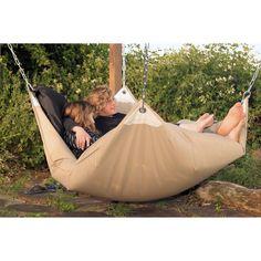 Outdoor hammock - looks so comfortable.
