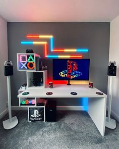 Gamer Bedroom, Bedroom Setup, Room Ideas Bedroom, Computer Gaming Room, Gaming Room Setup, Gaming Rooms, Gaming Chair, Small Game Rooms, Video Game Rooms