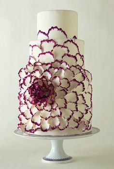 Pastel de bodas | bodatotal.com | wedding ideas, wedding cake, bride, boda, novia More