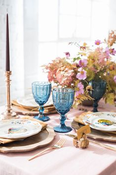 10 Fresh and Colorful Ideas for Your Thanksgiving Table on domino.com
