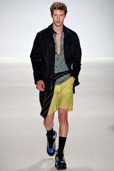 81fad58a1f99 93 Best HOMMES images   Man fashion, Fashion show, Mens fashion week
