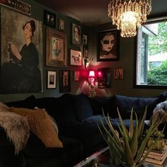 Obsessed with cool interiors always decorating moved to the darker side✨eclectic✨with a little bit of glam