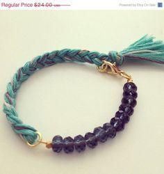 Share The Love Sale Grey Skies Indie Bracelet door dAnnonEtsy