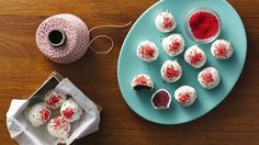 Christmas Truffles From: Betty Crocker A perfect dessert to treat a big crowd on the occasion of Christmas – wonderful truffles that are made using Betty Crocker™ SuperMoist™ cake mix and Rich & Creamy cream cheese frosting. Holiday Baking, Christmas Desserts, Holiday Treats, Christmas Treats, Christmas Baking, Holiday Recipes, Party Treats, Christmas Candy, Christmas Recipes