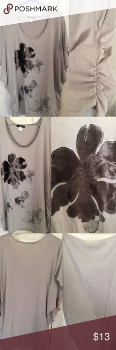 Gorgeous Batwing Blouse 3x Very very good condition, beige/grey in color, stretchy, scrunched sides, batwing sleeves, velour flower on front of Blouse, 3x, made by ING. True to size, non smoking home  Necklace not for sale ING Tops Blouses