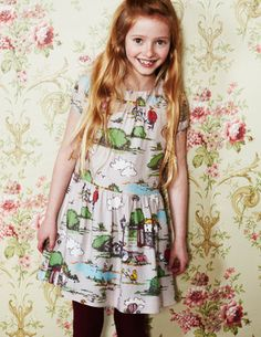 Ive spotted this @BodenClothing Printed Tea Dress Grey Village Scene