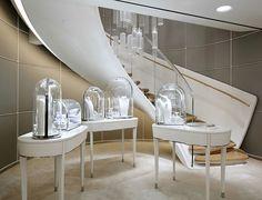 Van Cleef & Arpels flagship store by Jouin Manku, Hong Kong