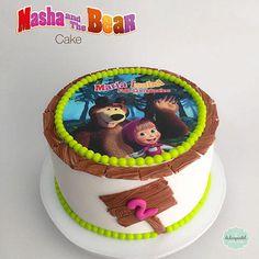 birthday to do Cartoon Birthday Cake, Baby Birthday Cakes, Bear Birthday, Girl First Birthday, Masha Cake, Masha Et Mishka, Marsha And The Bear, Coconut Health Benefits, Character Cakes