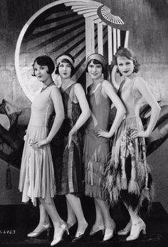 Style in the Jazz Age: 20 Vintage Photos Show Beautiful Women's Fashions in the Roaring Twenties