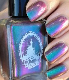 40 Mettalic Nail Design That You Will Inspire