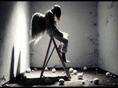 "Matthew Perryman Jones ~ Canción de la Noche (Song of the Night) ... from the album ""Land of the Living"" - YouTube"