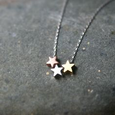 THREE TONE BLUSHED THREE LITTLE STARS NECKLACE FRIENDSHIP NECKLACE FOR 3 by kellinsilver