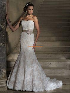 Robe de mariée sirène dentelle ceinture traine détachable