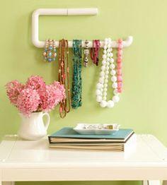 toilet roll holder for jewellery