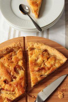 Dans la cuisine de Sophie: {je cuisine naturel} Tarte aux pommes normandes de Malitourne