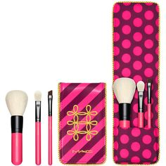 Nutcracker Sweet Essential Brush Kit MAC Cosmetics Official Site ($35) ❤ liked on Polyvore featuring beauty products, makeup, makeup tools, makeup brushes, mac cosmetics kit and mac cosmetics